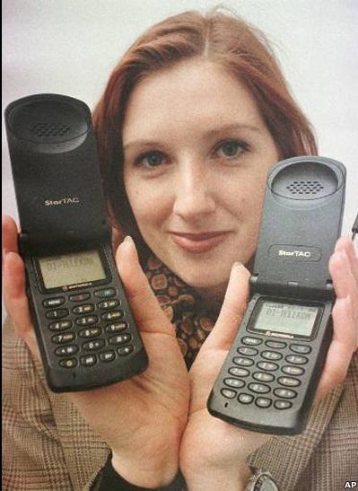 چهل سال از ساخت تلفن همراه گذشت