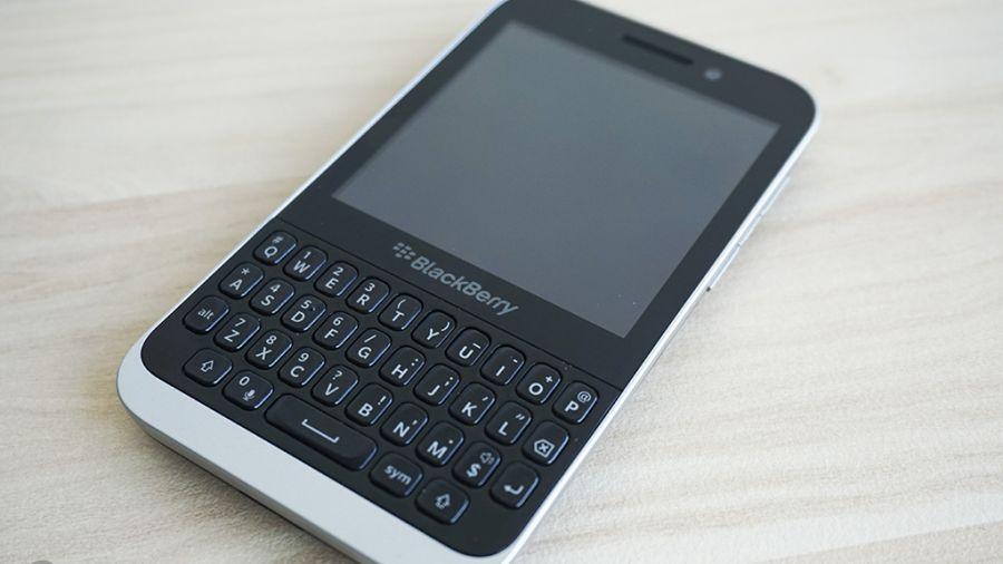 BlackBerry Kopi Front-900-80