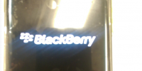 Boot-screen-says-BlackBerry-powerede-by-Android