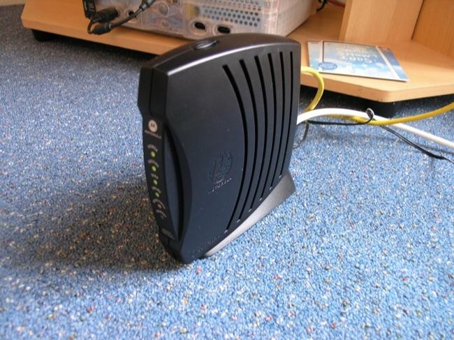 650x487xcable-modem.jpg.pagespeed.gp+jp+jw+pj+js+rj+rp+rw+ri+cp+md.ic.5_m-fAw1Un