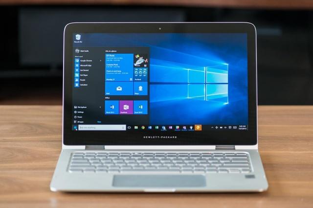 windows-10-home-laptop-2-1500x1000-640x0
