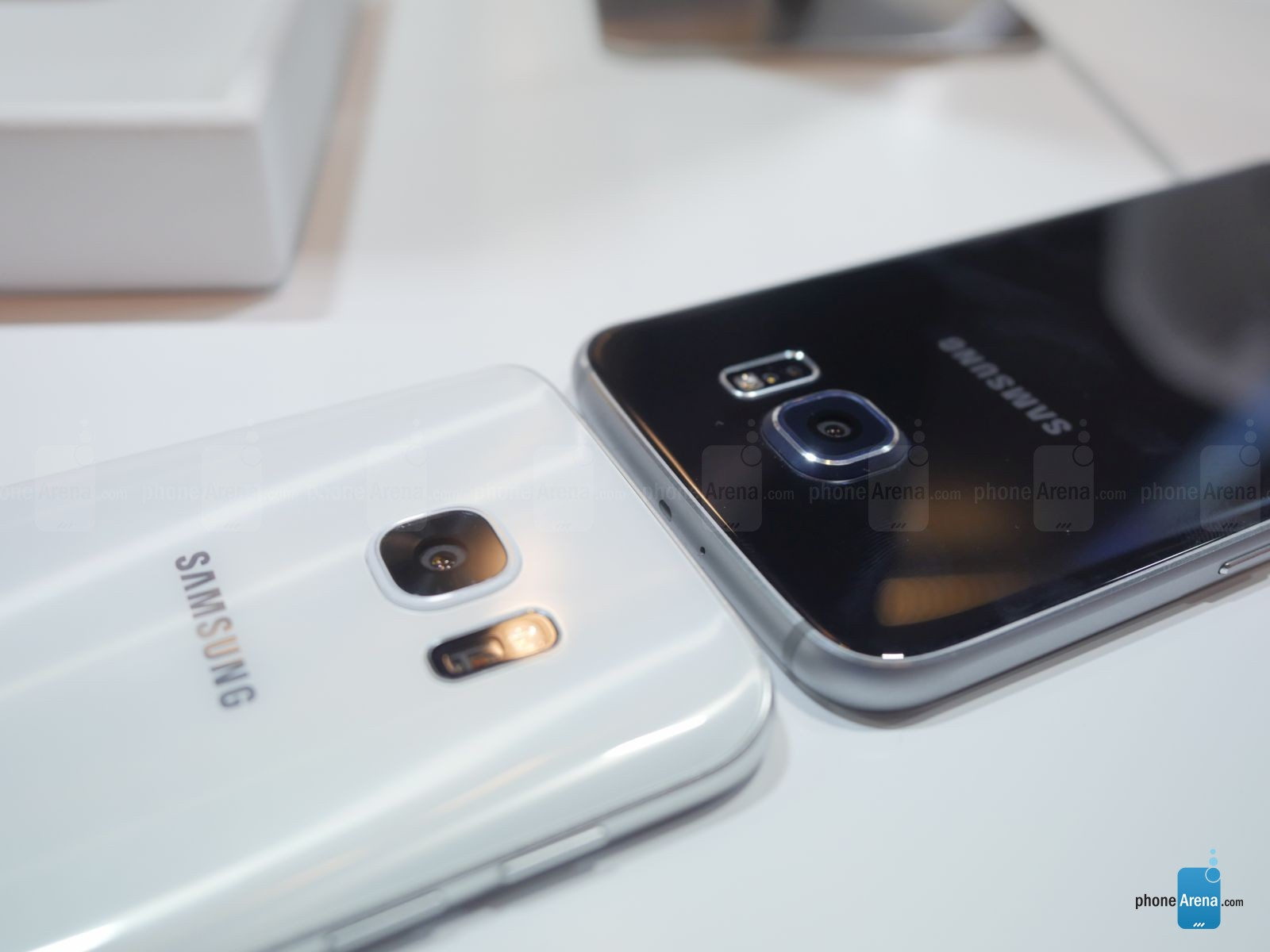 Galaxy-S7-vs-Galaxy-s6-first-look-12