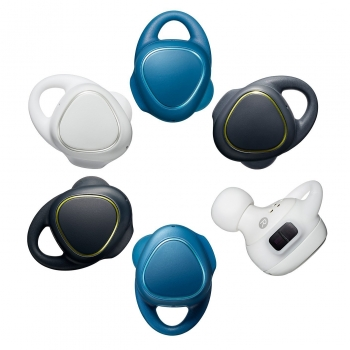 Samsungs-new-Gear-Icon-X-wireless-earbuds(19)