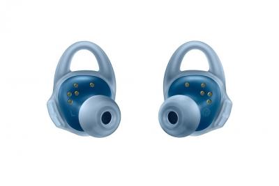Samsungs-new-Gear-Icon-X-wireless-earbuds(23)